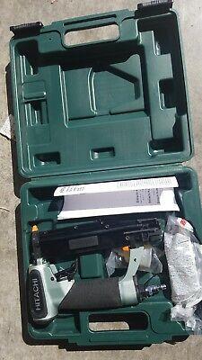 "Hitachi NP35A 1-3/8"" 23-Gauge Pin Nailer kit with 1 year warranty"