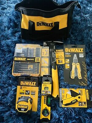 "KIT DEWALT INCLUDES ""6"" TOOLS AND BAG **NEW**"