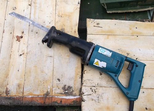 saw power tool makita (Photo: Phil_Parker on Flickr)