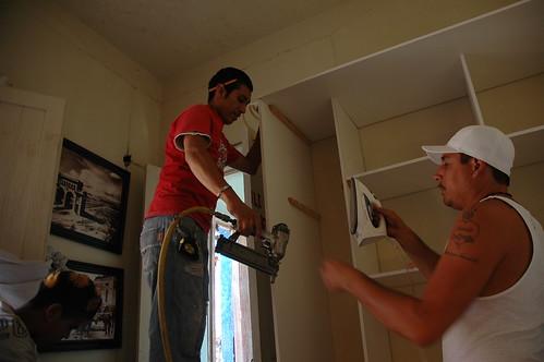 building men work closet mexico cabinet working... (Photo: Wonderlane on Flickr)